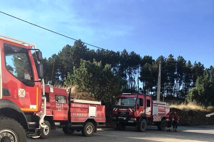 Bragança-Miranda: Centro Social Paroquial de Agrochão ofereceu refeição a bombeiros após incêndio em Vinhais