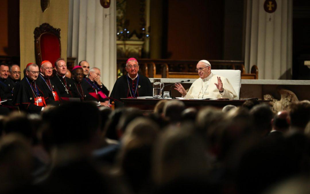 Irlanda: Papa critica «cultura do efémero» que coloca em causa viver «no amor» em família