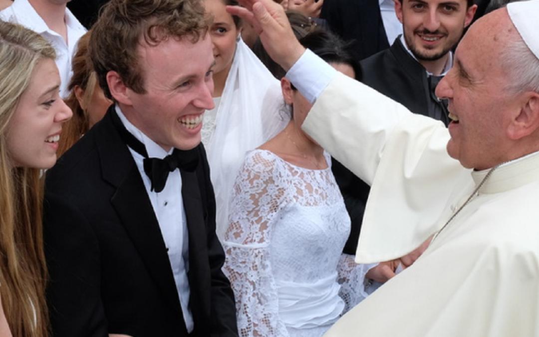 Papa: «O ideal não é o divórcio, não são as famílias destruídas, o ideal são as famílias unidas»