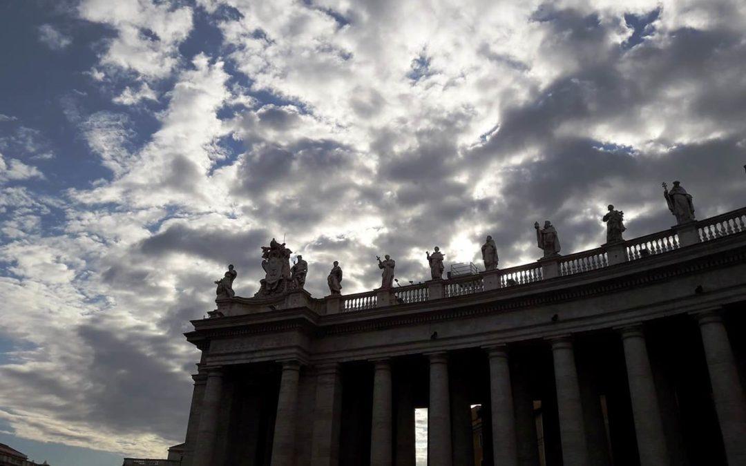Vaticano: Papa critica discriminação de doentes e pessoas com deficiência