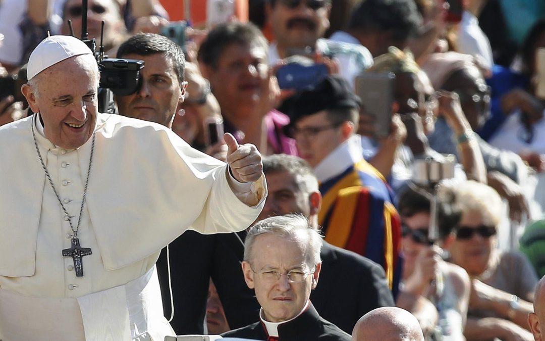 Vaticano: Papa critica sociedade «anestesiada pelo divertimento» e pede novo entendimento do descanso (c/vídeo)
