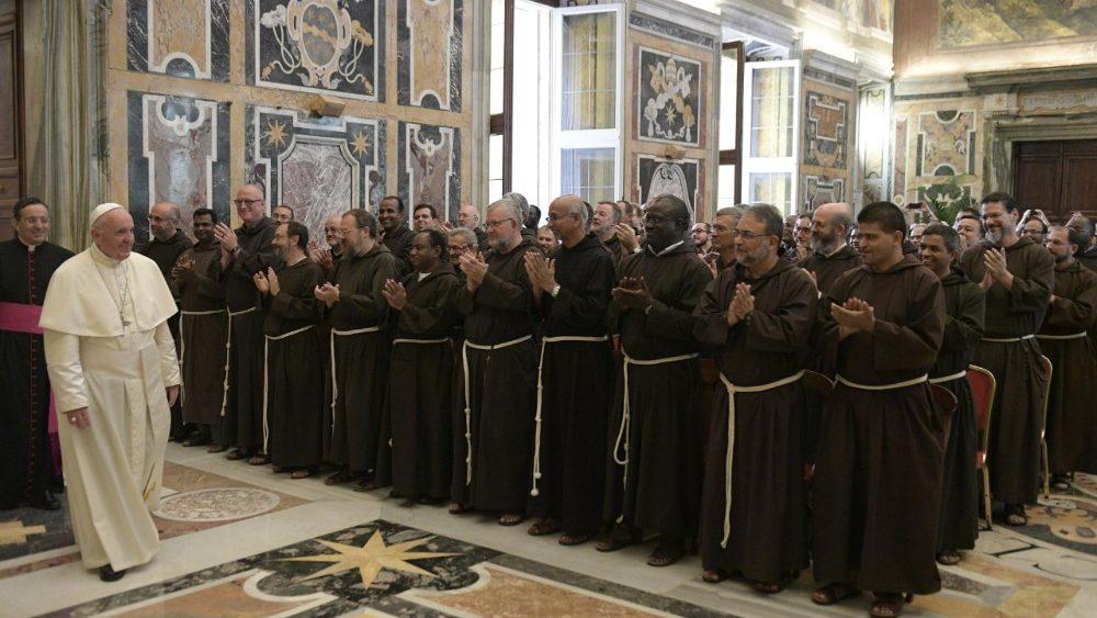 Vida Consagrada: Papa Francisco pediu aos Capuchinhos testemunho de «unidade, comunhão e diálogo»