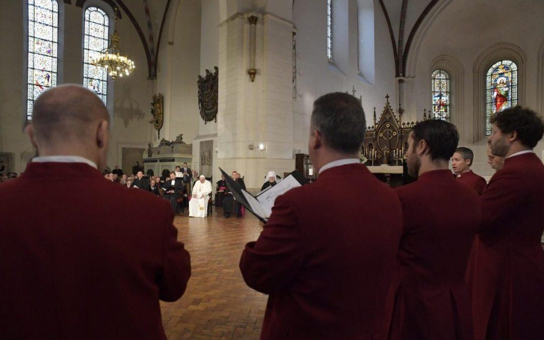 Letónia: Papa pede esforço ecuménico em tempos «difíceis e complexos» para os cristãos