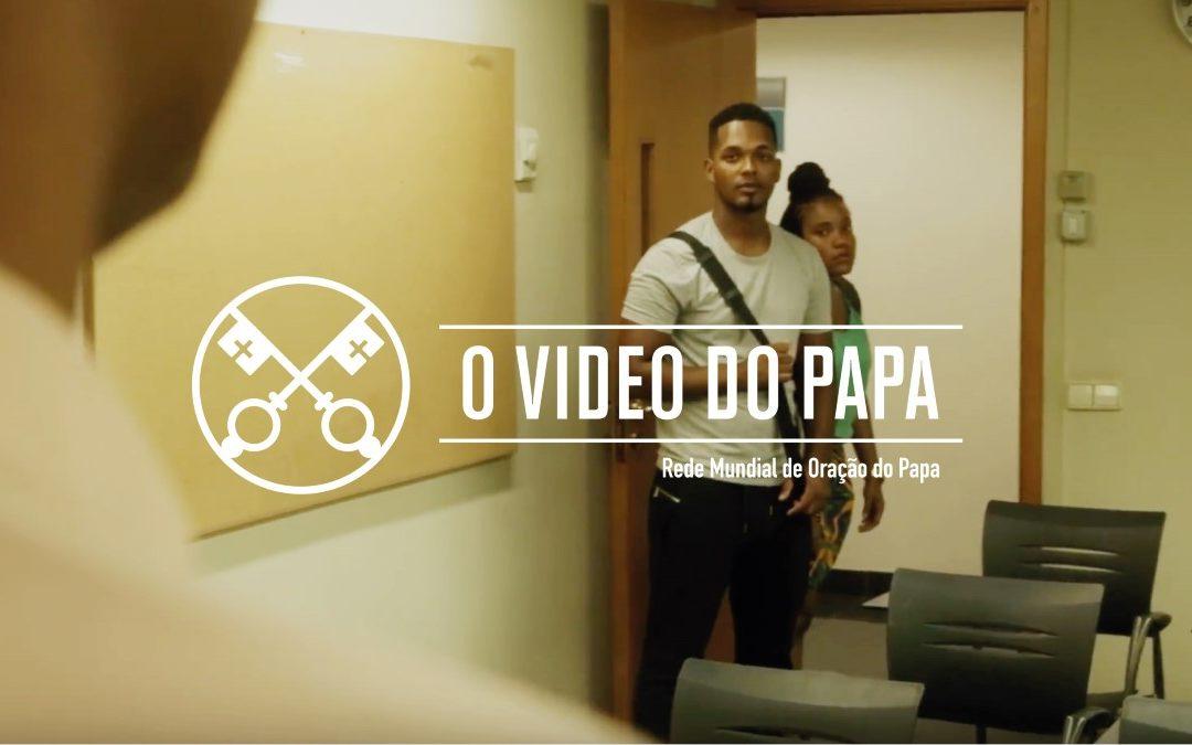 Vaticano: Papa Francisco pede educação e trabalho para os jovens africanos (C/vídeo)