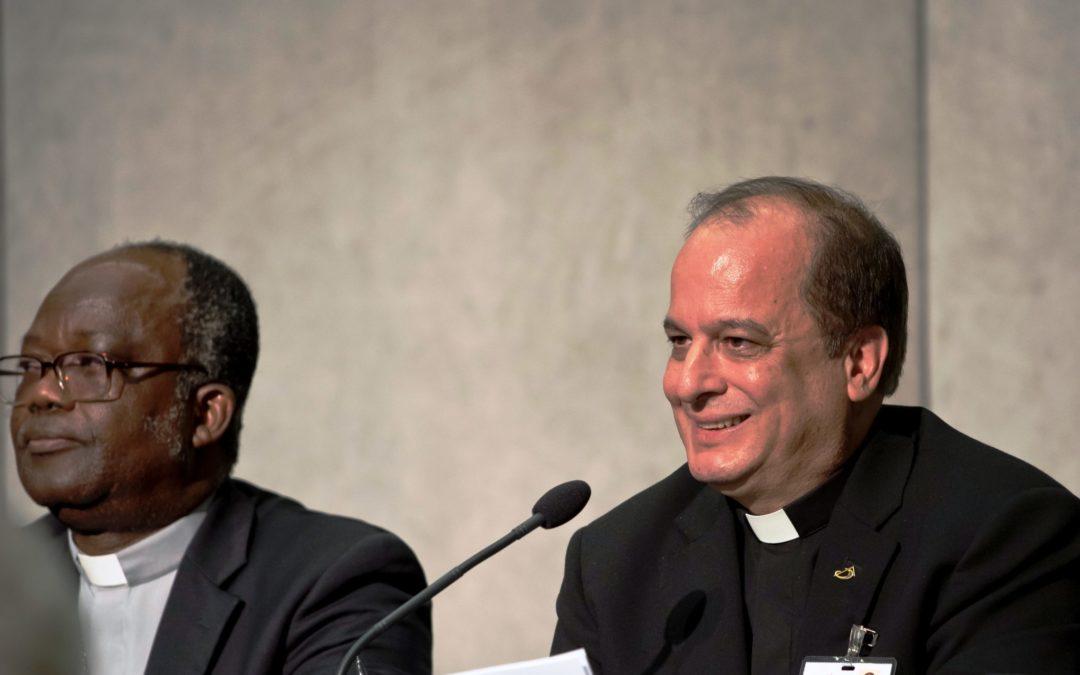 Sínodo 2018: Igreja tem de superar «medo» do digital, diz superior-geral dos Paulistas (c/vídeo)