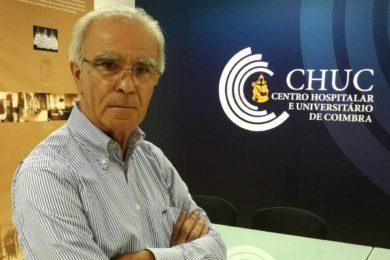 Publicações: Capelão hospitalar lança obra «Momentos de muitas vidas»