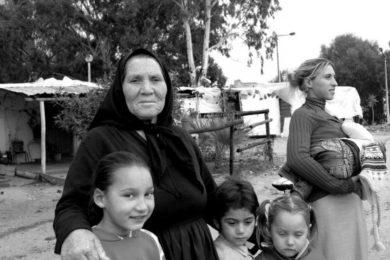 Viana do Castelo: Festa de Natal no acampamento da comunidade cigana
