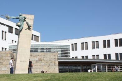 Braga: Tertúlia sobre «Perguntas que os jovens fazem à Igreja»