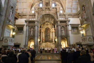 Porto: Ordenações na Igreja de São Lourenço