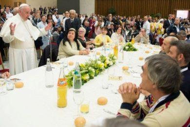 Vaticano: Santa Sé promove almoço de Natal para pessoas carenciadas