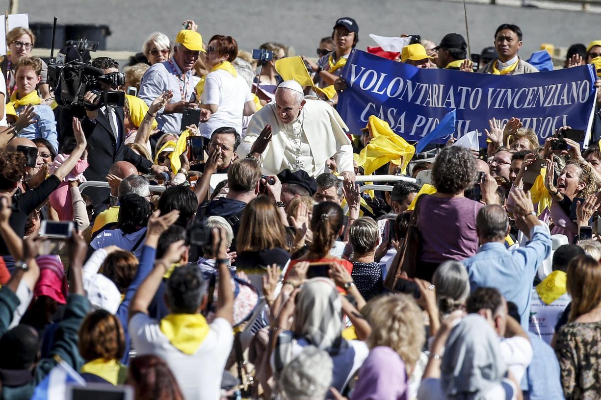 Vaticano: Papa desafia Igreja a reforçar «ADN do acolhimento»