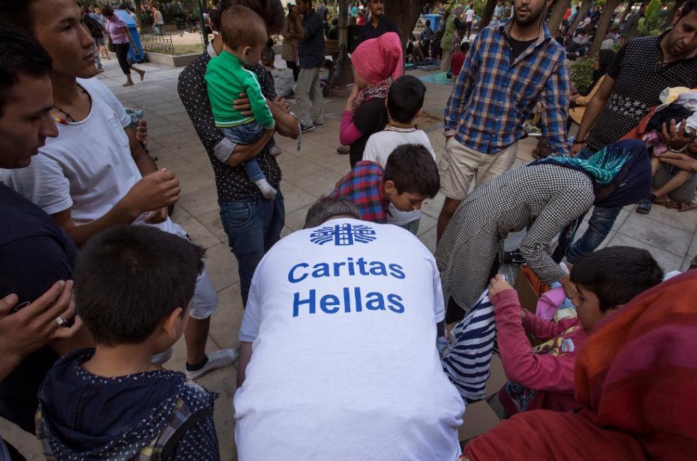 Refugiados: JRS, Amnistia Internacional e Cáritas pedem fim da política de confinamento de requerentes de asilo