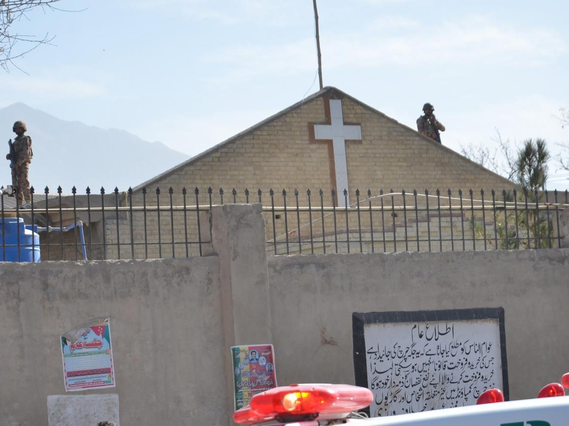 Paquistão: Ataque a bomba contra igreja cristã provoca várias mortes